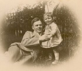 1930 - Owen & son Alexander