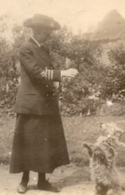 c.1917 - Maud, Commander in the Royal Navy