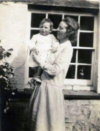Maud Barfield with son Alexander, 1930 near Oxford